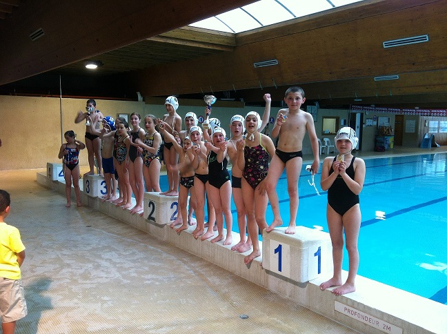 Comite d 39 eure et loir de natation for Piscine chateaudun
